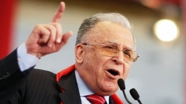 Ion Iliescu in sfarsit pus sub acuzare