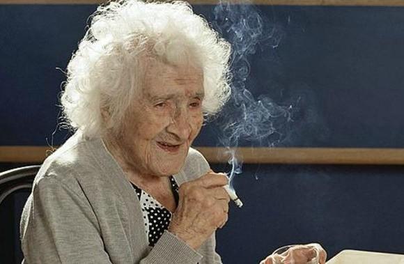 Jeanne Calment la 122 de ani