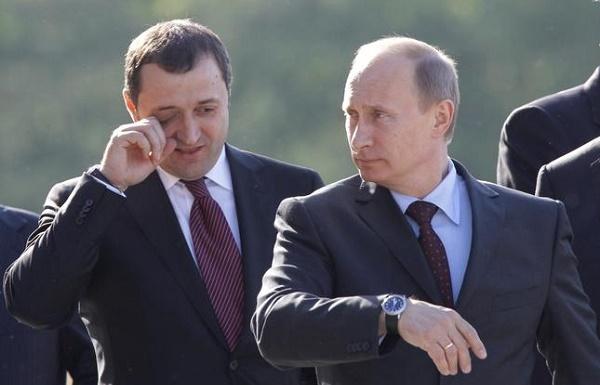 Vlad Filat a fugit la Moscova